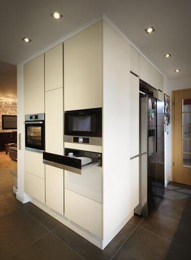 k chengeschichte und kitchenstory vom k chenstudio bonn k che co. Black Bedroom Furniture Sets. Home Design Ideas
