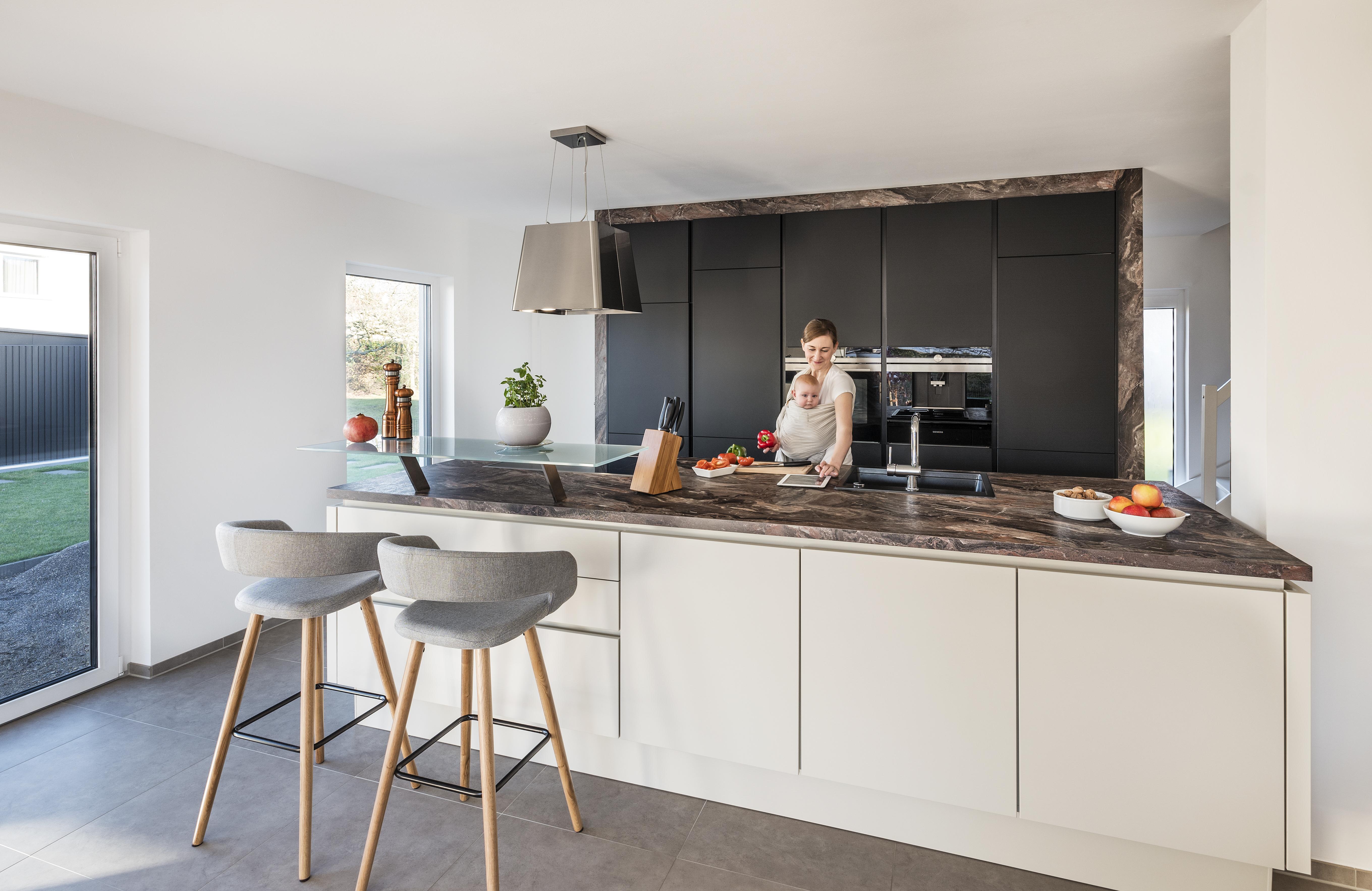 Küchengeschichte und Kitchenstory vom Küchenstudio Erding - Küche&Co
