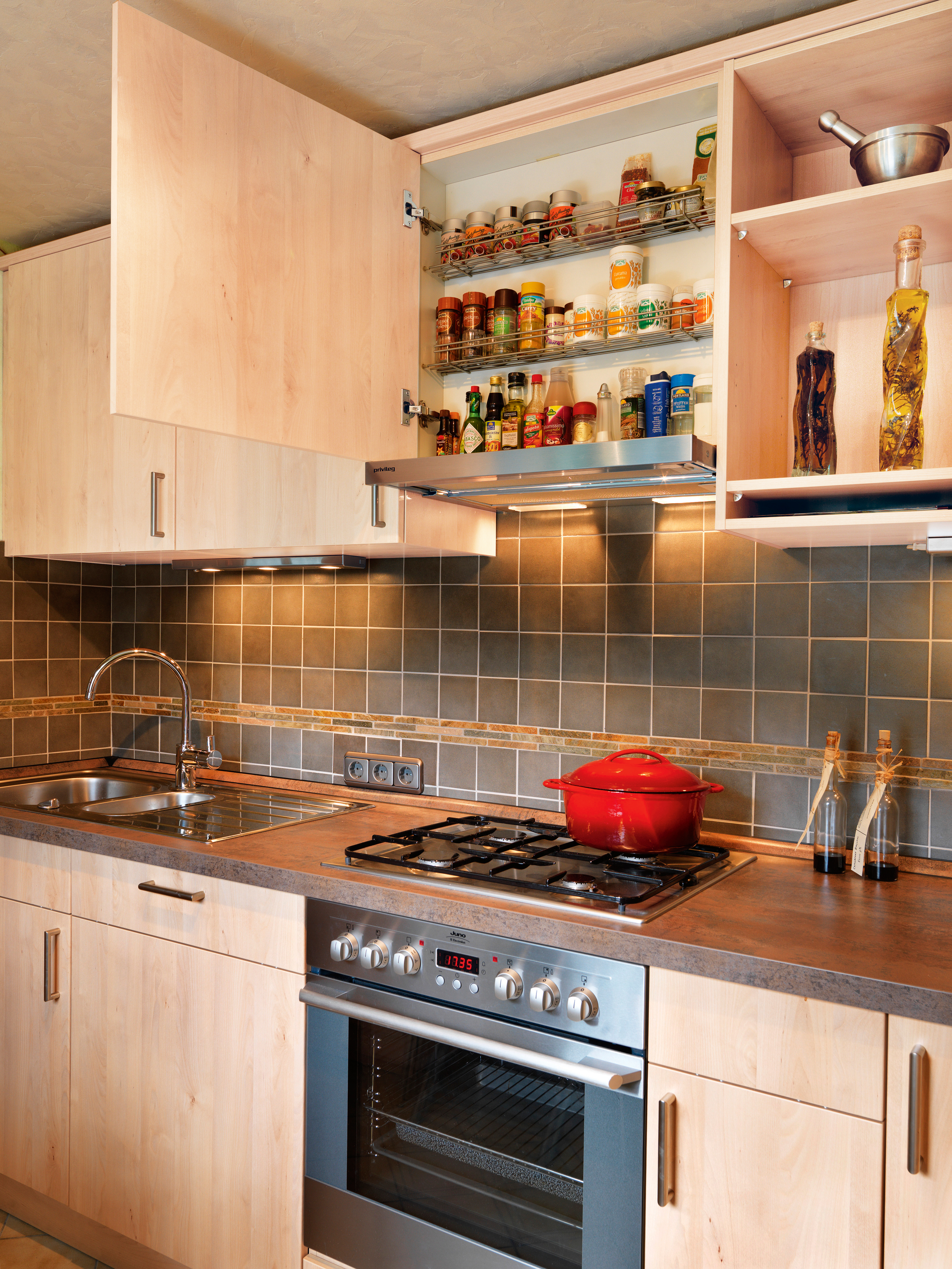k chengeschichte und kitchenstory von k che co koch bruno k che co. Black Bedroom Furniture Sets. Home Design Ideas